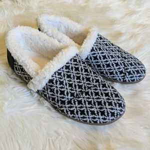 Toms black and white printed Sherpa lined shoes